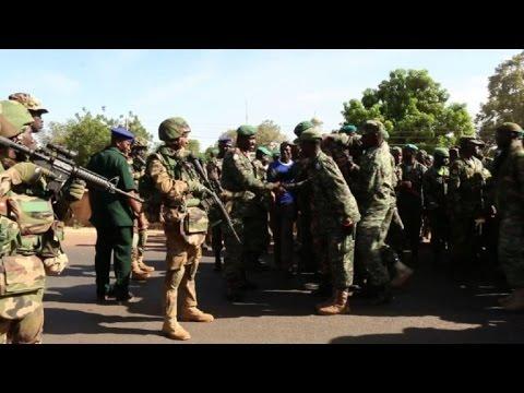 Mission CEDEAO : Le Sénégal déploie 625 militaires en Gambie.