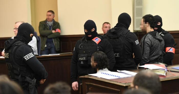 Salah Abdeslam devant le juge : « Il n'y a point de divinité à part Allah et Mohamed est son messager! »