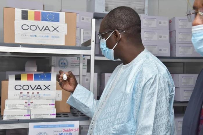 Rentrée universitaire 2021-2022 : Le ministre de la Santé prévoit 200.000 doses pour les étudiants et les enseignants.