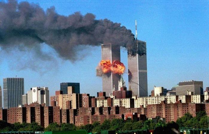 Attentat du 11 septembre aux États-Unis : l'identification des corps et le procès des terroristes toujours au point mort.