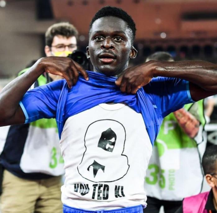 Ligue 1 : Bamba Dieng s'offre un doublé face à Monaco battu 2-0 par l'OM.