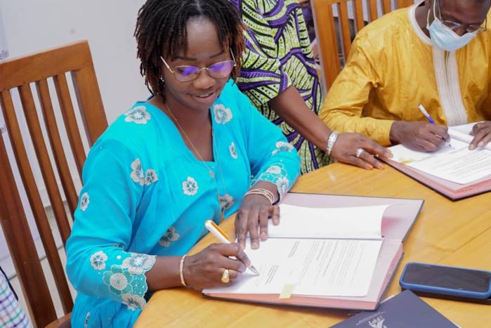 Cérémonie de Signature de Contrats de financement par le 3FPT pour le rehaussement des plateaux techniques des centres de formation professionnelle et technique de Thiès.