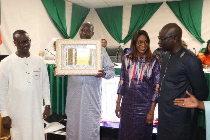 15e édition des Journées Économiques, Culturelles et Sportives de l'AssosB en Italie : le Président Macky SALL honoré par les Sénégalais de Bergame