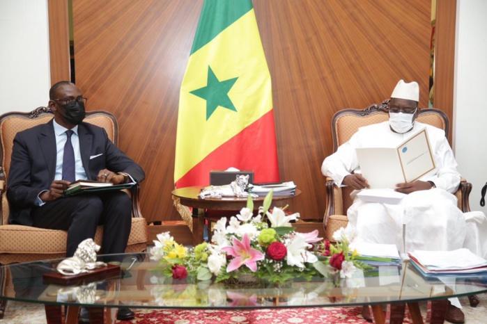 Palais de la République : le Chef de l'État a reçu un message de Assimi Goïta, Président de la Transition au Mali.