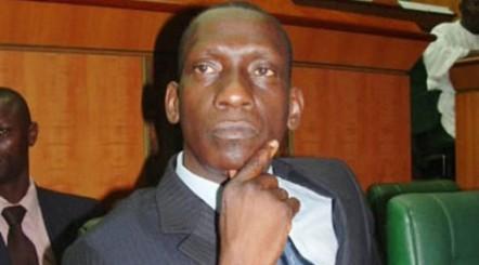 Mamadou Diop Decroix serait-il fauché ou avare ?