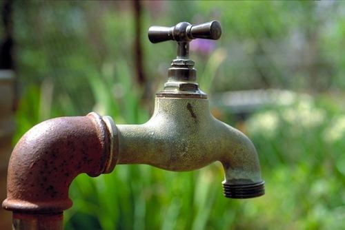 Crise d'eau, Les jeunes de Guéoul au chevet des dakarois