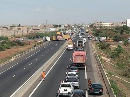 Sindia : Deux accidents spectaculaires, dont un carambolage, enregistrés sur l'autoroute à péage