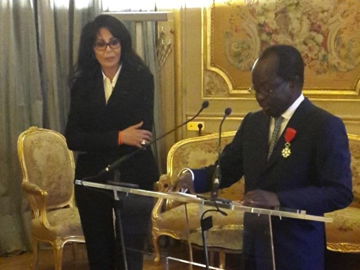 Distinction de la Légion d'honneur, le récipiendaire revisite  le mérite et situe les impératifs