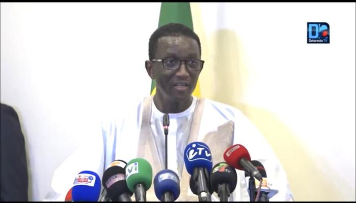 Centre-ville : Amadou Bâ se tape un bain de foule pendant une descente à l'improviste.