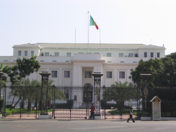 Un conseiller spécial du chef de l'Etat mouillé dans un trafic de visas
