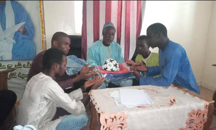 """Sibassor (Kaolack) : Le mouvement """"And Défar Diomkhel"""" déroule son plan d'action et équipe l'ASC du village..."""