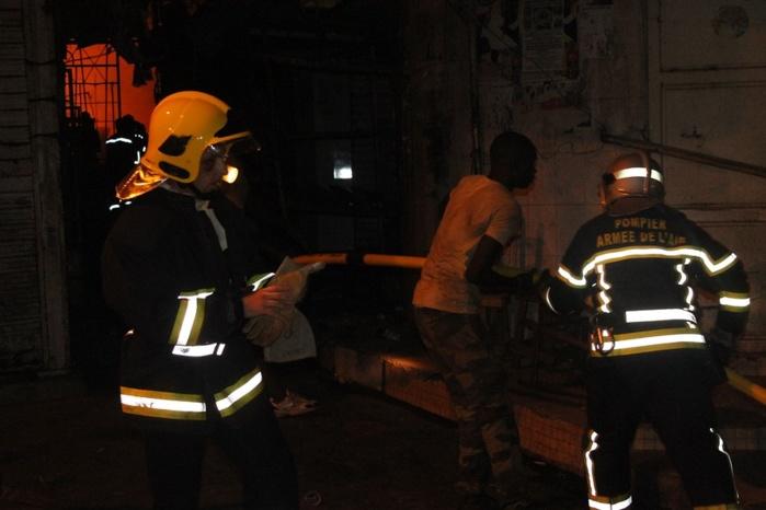 Sandaga : les images de l'incendie du marché