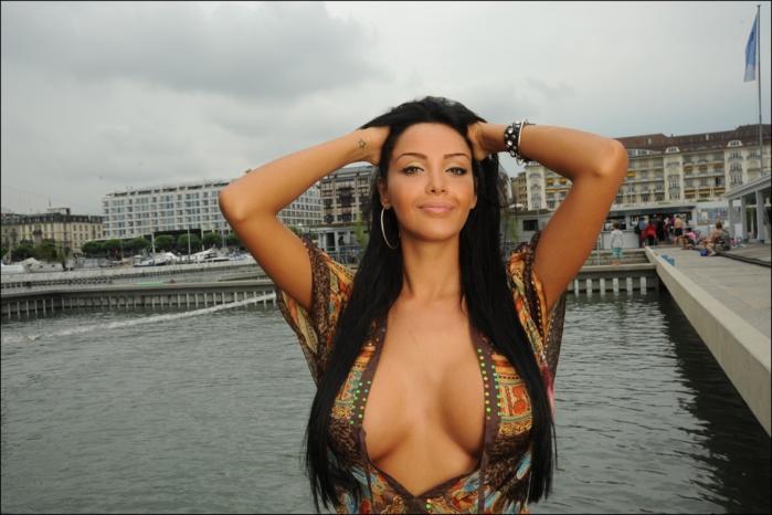 femme mature nue escort a paris