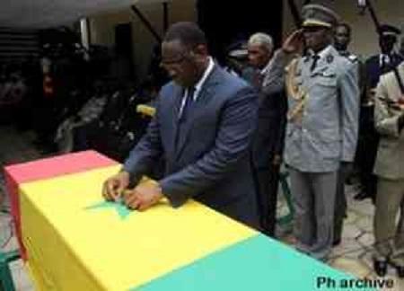 Levée du corps des trois gendarmes tués au Darfour: Macky leur rend hommage ce matin