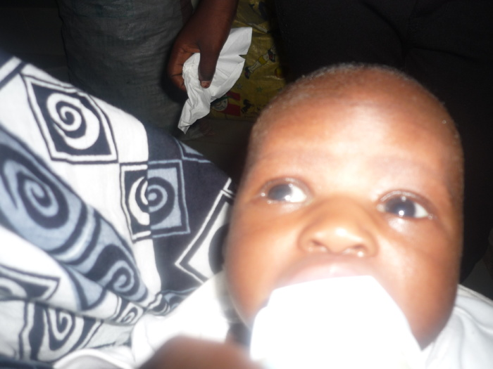 Bébé abandonné à Nord Foire : Les photos du nourrisson