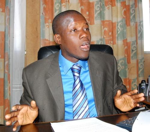 Pour la reconquête de la mairie de Thiès Ouest Massaly offre trois bœufs et répond ouvertement « aux attaques » de Youssou Touré.