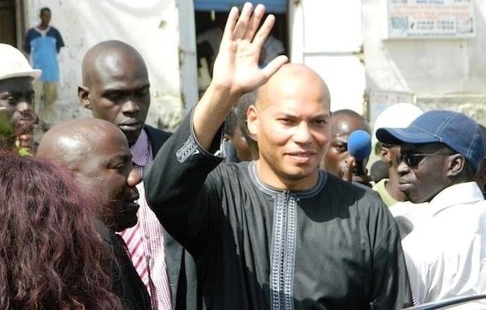 La caravane pour la libération de Karim Wade  à Joal Le MLK a tenu un meeting au quai de pêche