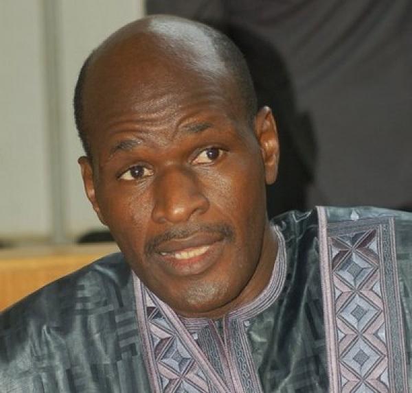 Droit de Réponse:   Le groupe Sanossy, du Ministre Thierno Lo, n'a jamais bénéficié d'une fréquence de télévision.