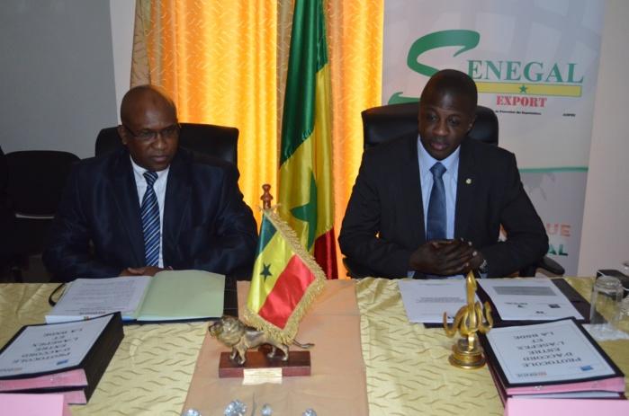 Photos de la signature du protocole d'accord entre SENEGAL EXPORT (ASEPEX) et la BNDE (Banque nationale de développement économique)