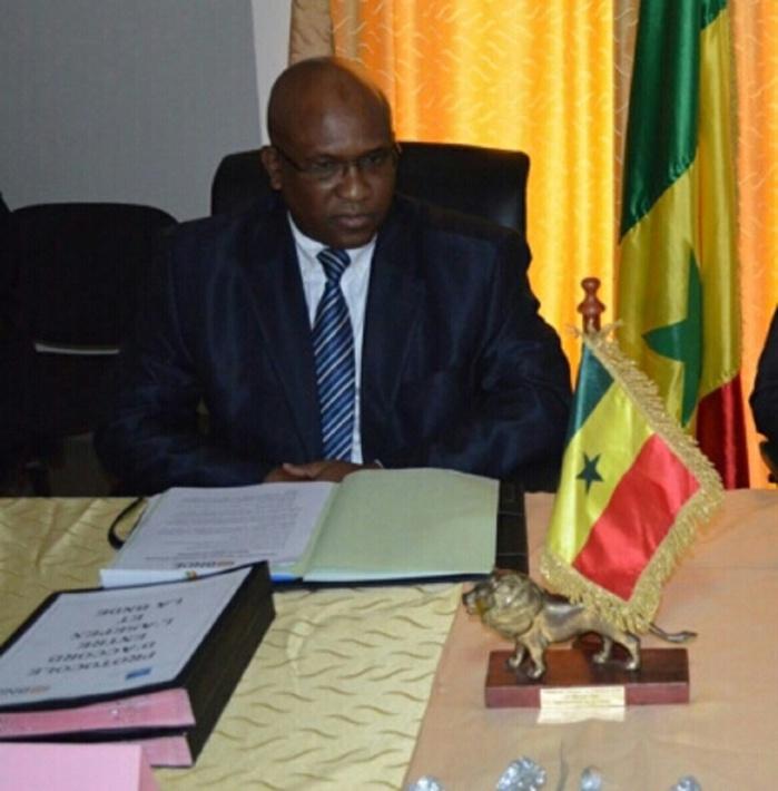 """Catalogué """"élément"""" d'Abdoul Mbaye, le DG de la BNDE dans le viseur de ses pourfendeurs: Ca manœuvre ferme pour ôter le """"fromage"""" de la bouche de Thierno SY"""