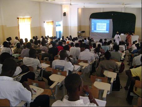 Enjeux qualitatifs et quantitatifs  des réformes de l'enseignement supérieur
