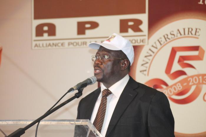 King Fahd Palace: Mbaye Ndiaye en trop grosse forme : Macky Sall demande à écourter le temps de parole