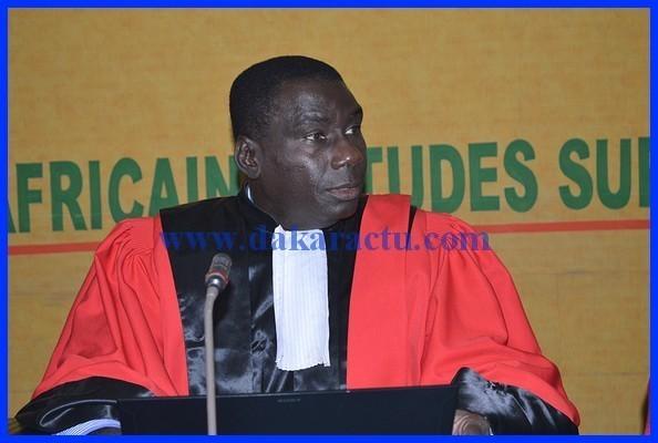 le parcours et le cv du dr cheikh kant u00e9 pr u00e9sent u00e9s par ses  u00e9tudiants du cesag