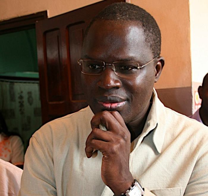 Contre une certaine boulimie foncière Khalifa Sall indique :  « Si je laisse faire, nous serons obligés d'enterrer nos morts hors de Dakar »