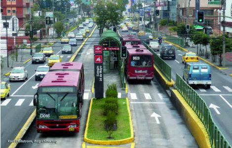 Je proposerais un Bus Rapid Transit (BRT) à la place d'un Tram, M. le président!