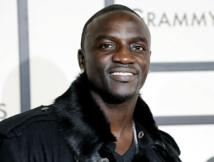 Akon reçu au palais par le Président Macky Sall