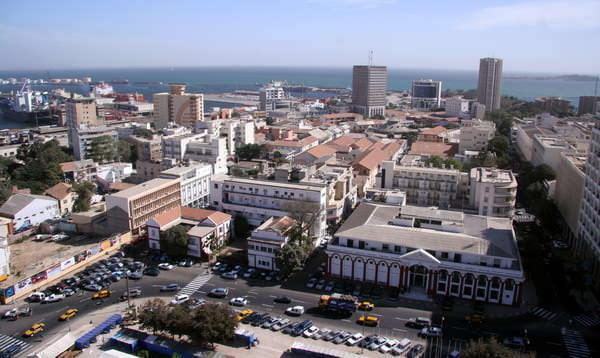 Dakar et le vaste patrimoine immobilier de l ex aof qui for Centre du plateau piscine
