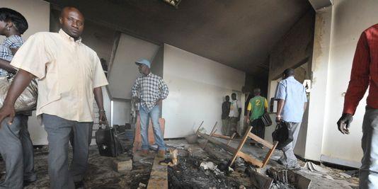 Deux hommes retrouvés morts à Guédiawaye Les populations saccagent un bar clandestin