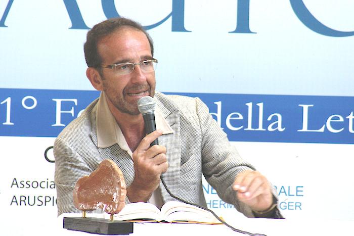 Entretien avec M. Riccardo Nencini, le ministre italien des infrastructures et des transports : « En Italie, les partis de droite ont joué au pyromane (…) Beaucoup de Sénégalais sont encore trop pauvres et exploités (…) »