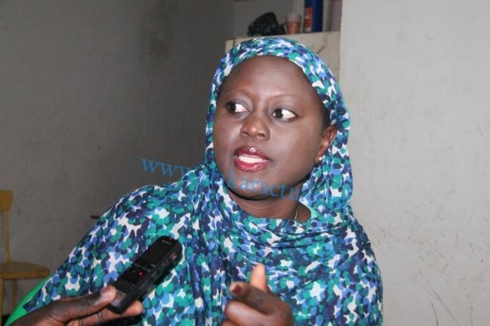 Entretien avec Aminata Angélique Manga responsable politique de l'APR à Ziguinchor.   « C'est juste une démarche maladroite » juge-t-elle sur les propos d'Innocence Ntap.