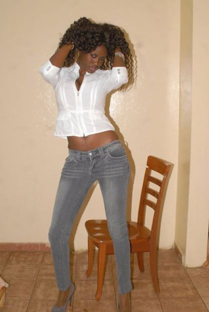 Une petite pute senegalaise que je baise en 2002 - 3 7