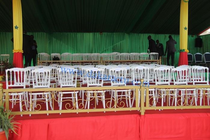 Regardez le visage qu'offre la place de l'Obélisque en préparation  de la fête de l'indépendance du Avril.
