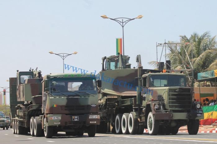 Défilé motorisé : L'armée dévoile une facette de son armada