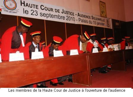 Haute cour de justice les d put s votent ses membres for Haute justice