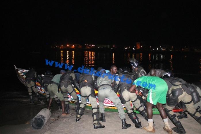 Les images de l'importante saisie de chanvre indien sur la baie de soumbédioune
