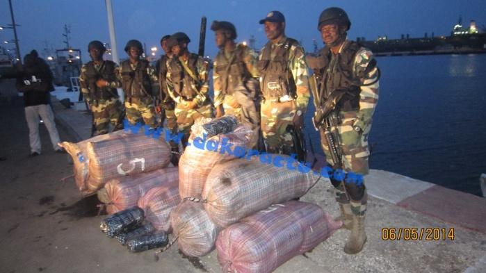 """Une demi-tonne de cannabis et deux cargaisons de bois de coupe """"pêchées"""" sur l'Atlantique : Comment les sept trafiquants sont tombés dans les filets de la la SR de la gendarmerie"""