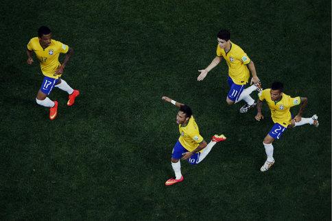 Le Brésil triomphe sans gloire