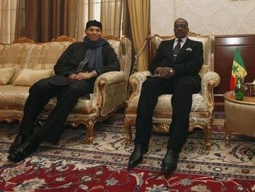 Après son face à face avec la Crei: Karim Wade débriefe Me Madicke Niang et deux de ses avocats