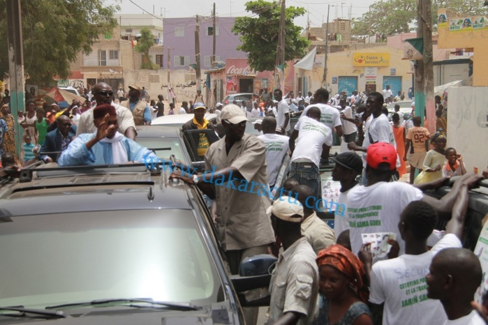 D'autres images de la caravane de Abdoulaye Wade et du parti démocratique sénégalais
