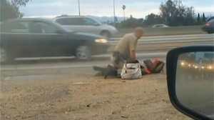 Un policier frappe une femme et scandalise les Etats-Unis