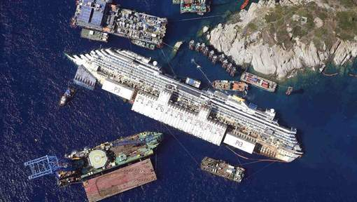 Images saisissantes de l'épave du Costa Concordia