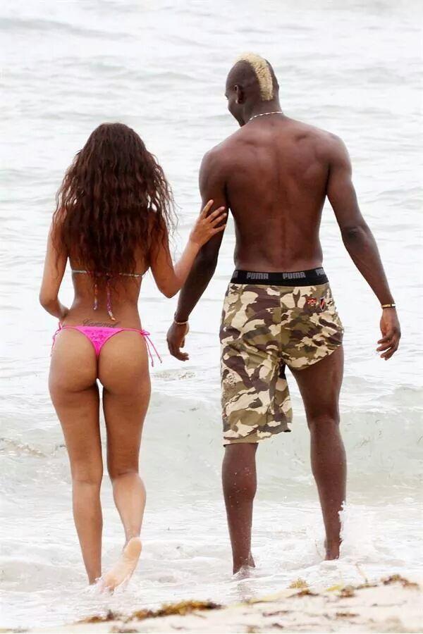 Mario Ballotelli et sa femme Fanny en mode vacances