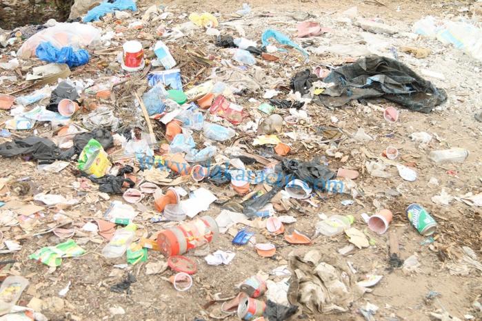 Le phare des Mamelles de Dakar transformé en dépotoir d'ordures (IMAGES)