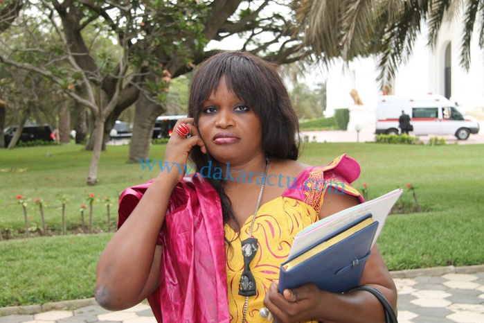 Voici Fatou Tambédou, la nouvelle ministre déléguée auprès du ministre du Renouveau urbain, de l'Habitat et du Cadre de vie, chargée de la Restructuration et de la Requalification des banlieues