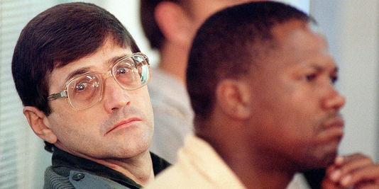 """Afrique du Sud : De Kock, """"tueur numéro un"""" de l'apartheid, reste en prison"""