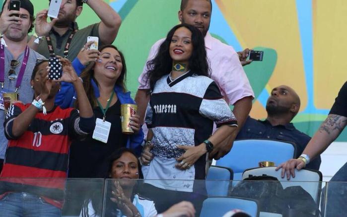 Mondial 2014 : Rihanna au stade hier pour supporter les allemands